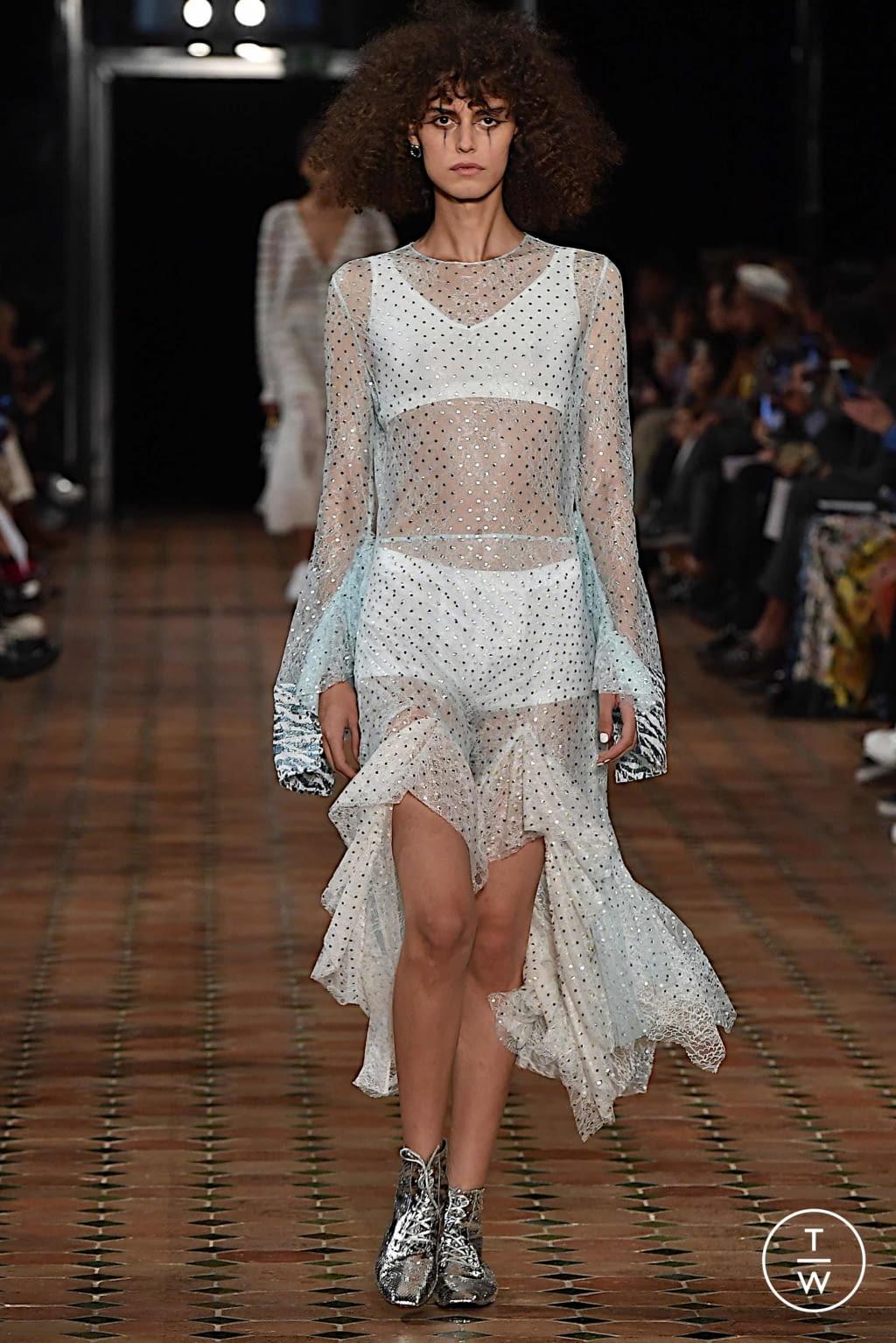 Fashion Week Paris Spring/Summer 2020 look 6 from the Anaïs Jourden collection womenswear