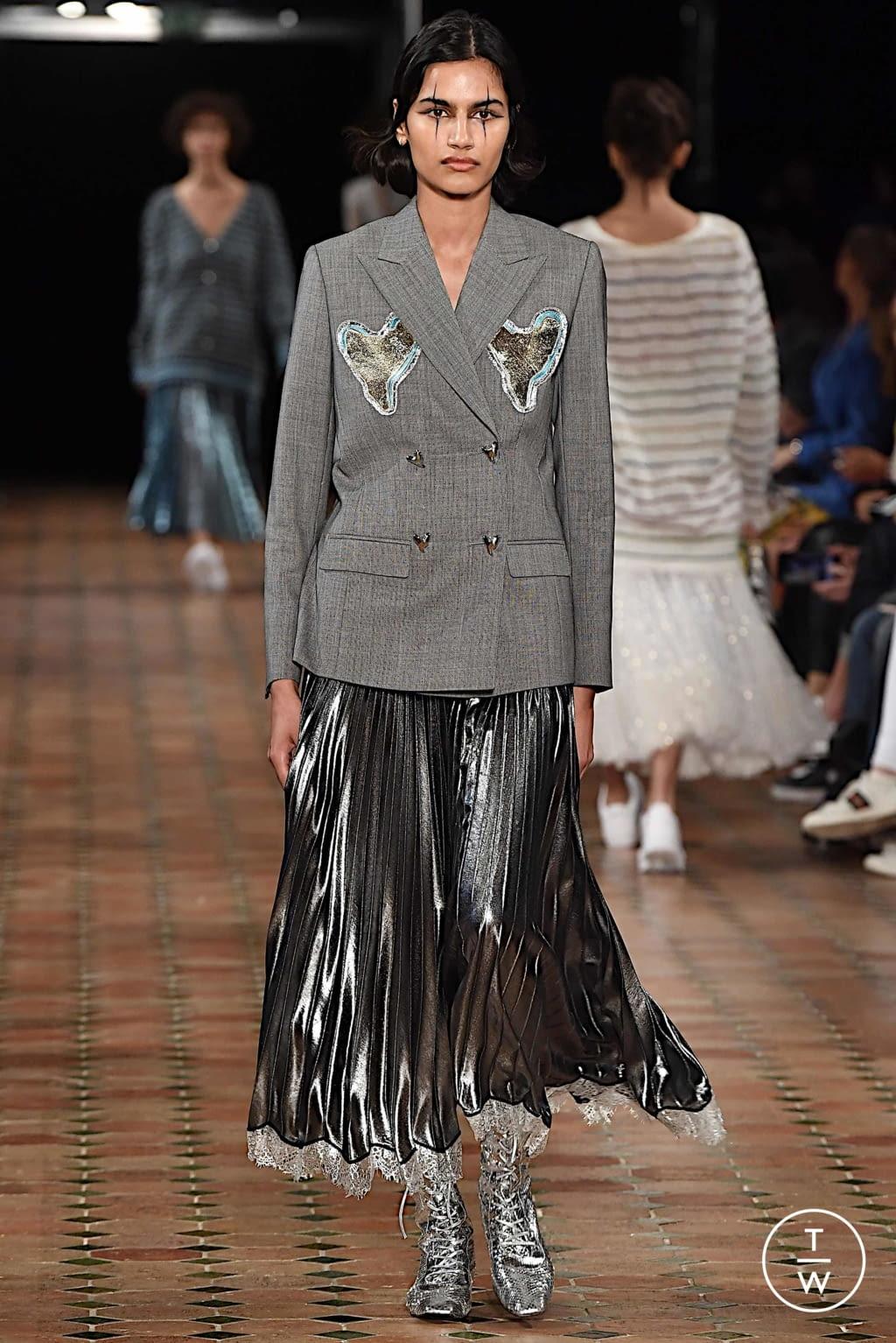 Fashion Week Paris Spring/Summer 2020 look 8 from the Anaïs Jourden collection womenswear