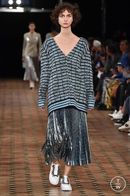 Fashion Week Paris Spring/Summer 2020 look 9 from the Anaïs Jourden collection womenswear
