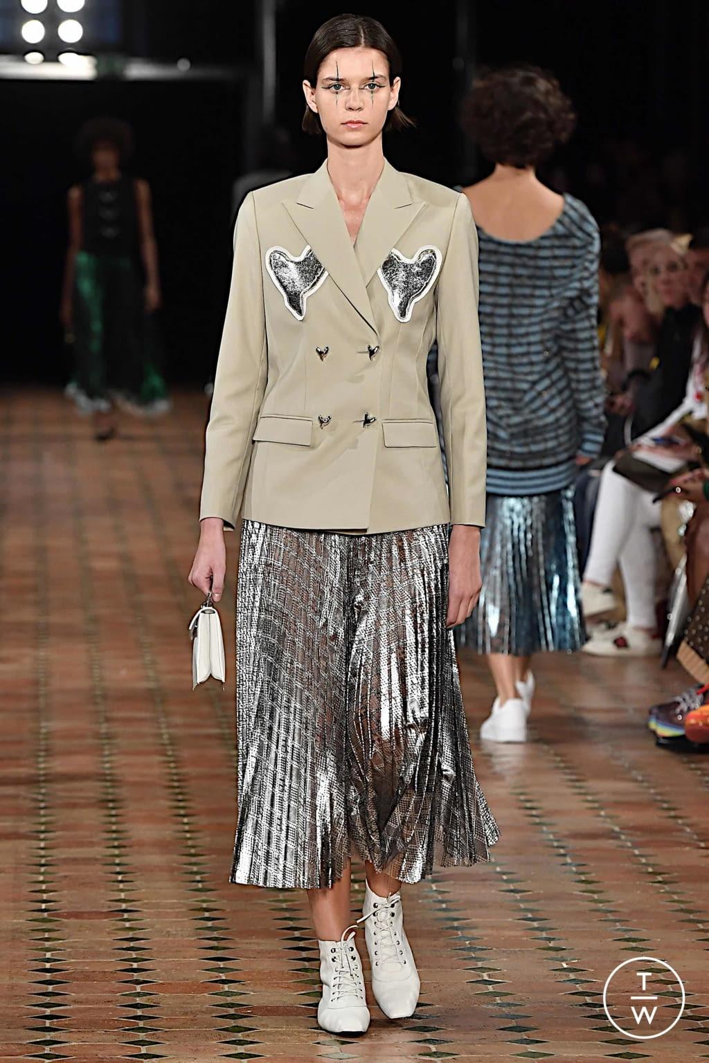 Fashion Week Paris Spring/Summer 2020 look 10 from the Anaïs Jourden collection womenswear