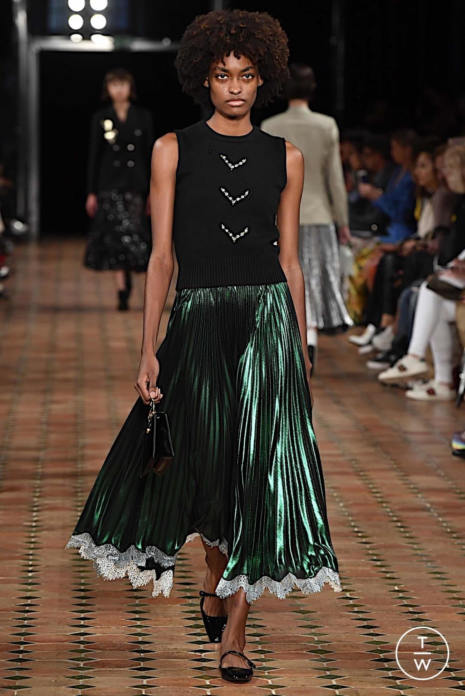 Fashion Week Paris Spring/Summer 2020 look 11 from the Anaïs Jourden collection womenswear