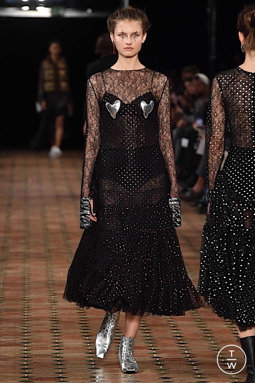 Fashion Week Paris Spring/Summer 2020 look 14 from the Anaïs Jourden collection womenswear