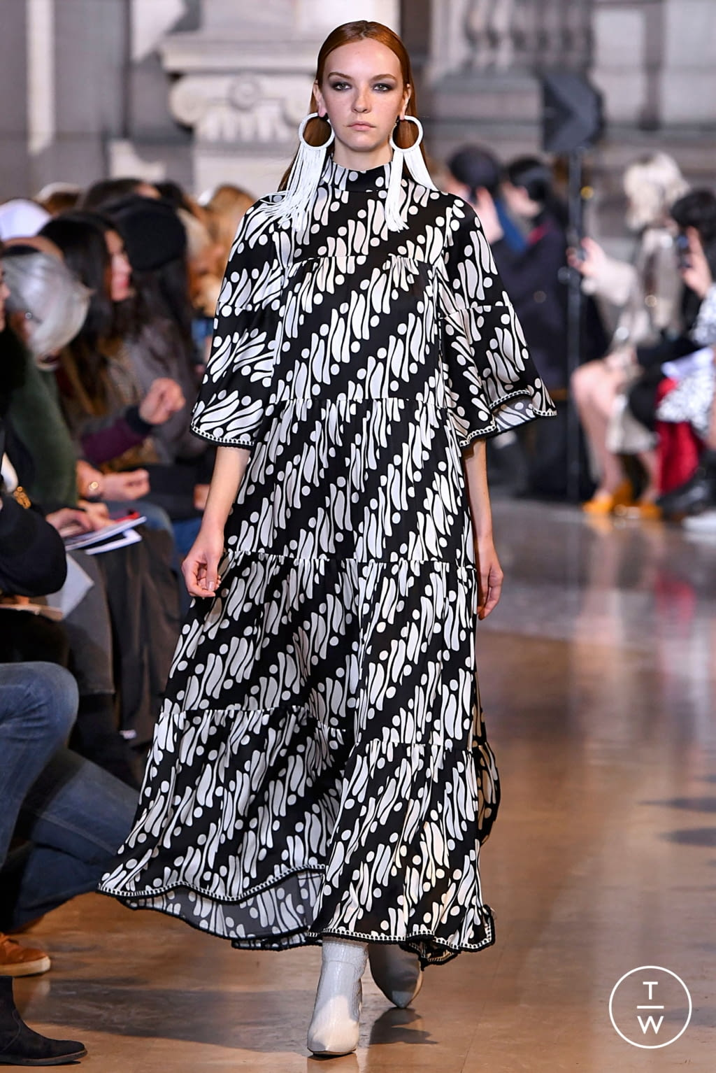 Fashion Week Paris Fall/Winter 2019 look 14 from the Andrew GN collection womenswear