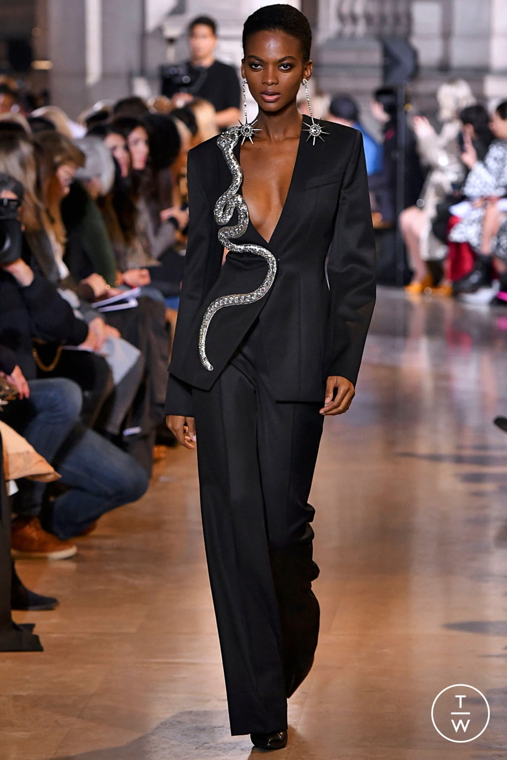 Fashion Week Paris Fall/Winter 2019 look 31 de la collection Andrew GN womenswear