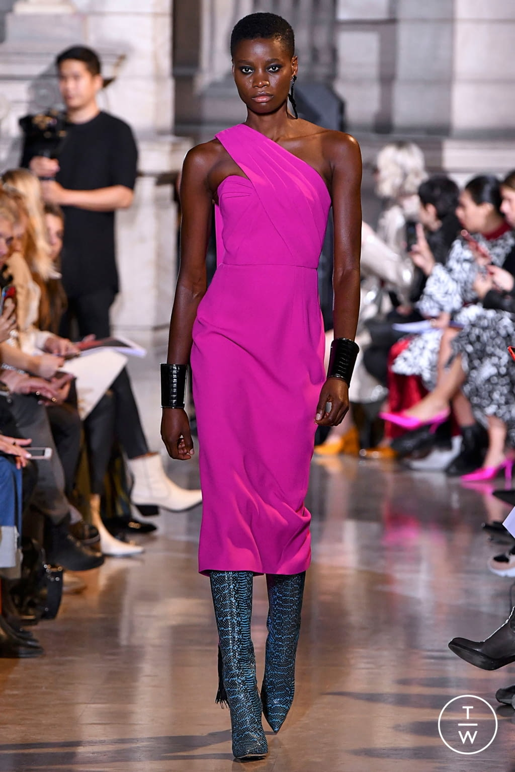 Fashion Week Paris Fall/Winter 2019 look 36 from the Andrew GN collection womenswear
