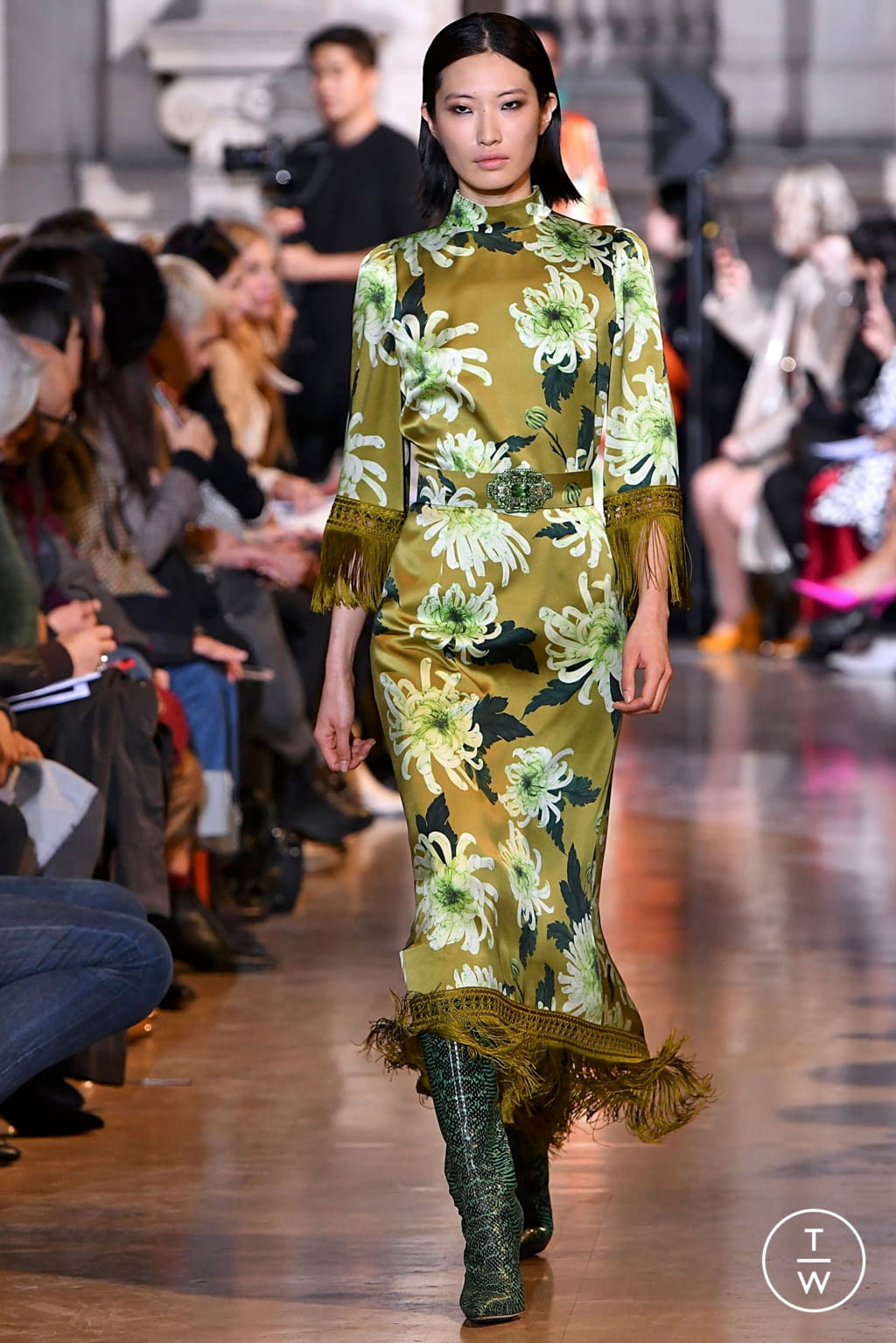 Fashion Week Paris Fall/Winter 2019 look 37 from the Andrew GN collection womenswear