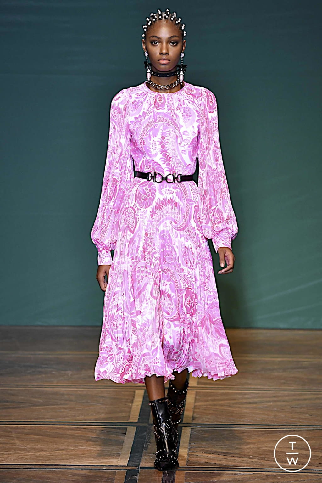Fashion Week Paris Spring/Summer 2020 look 14 from the Andrew GN collection womenswear