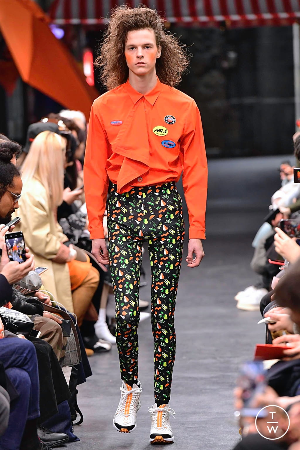 Fashion Week Paris Fall/Winter 2019 look 24 from the Angus Chiang collection menswear