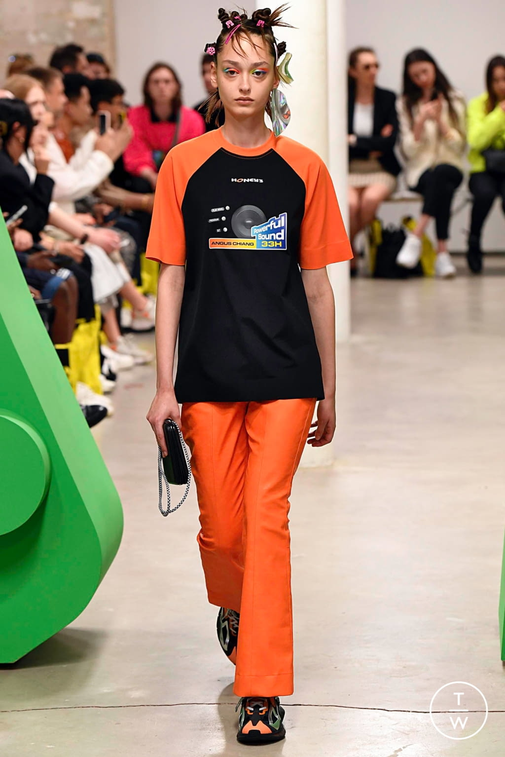 Fashion Week Paris Spring/Summer 2020 look 7 from the Angus Chiang collection menswear