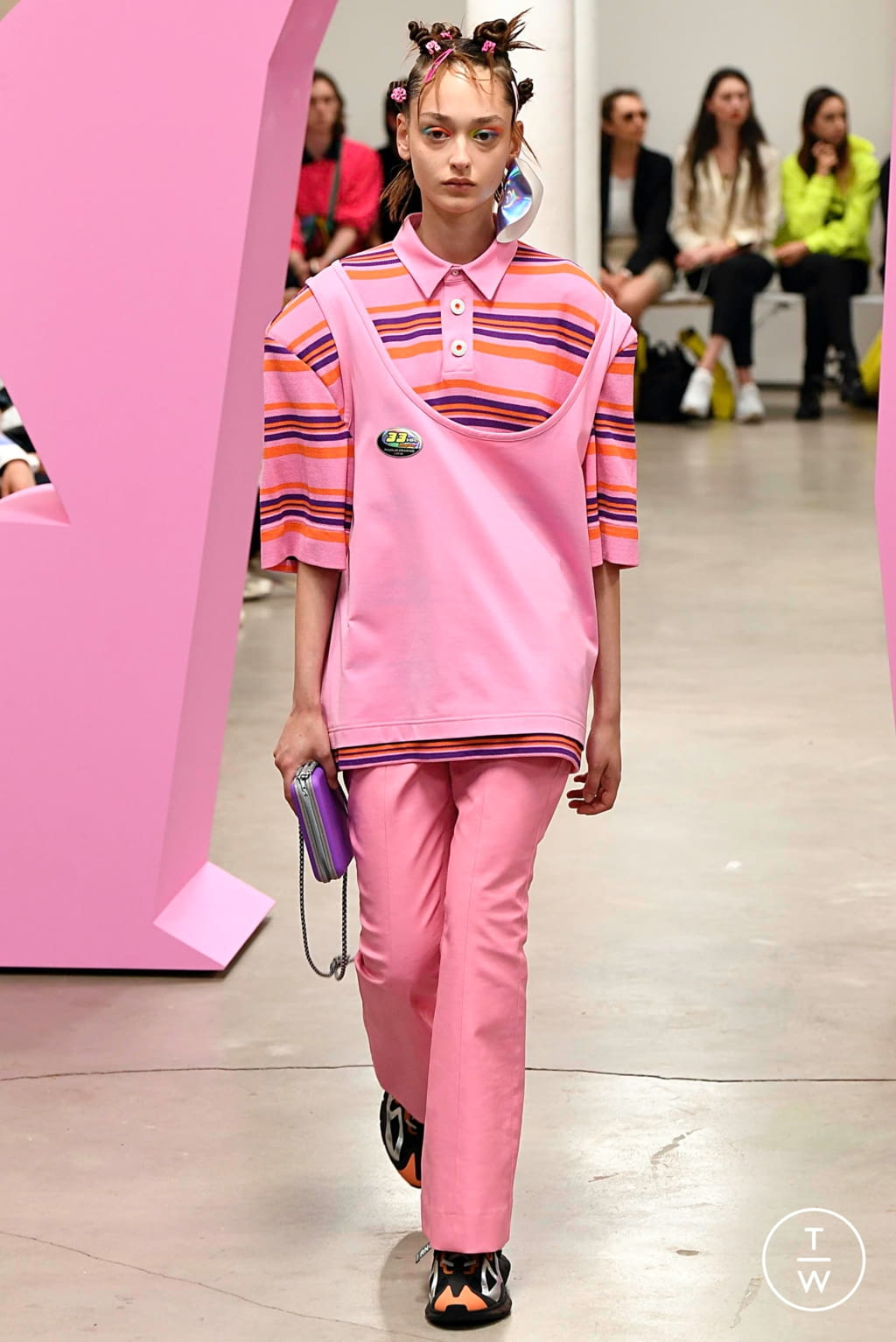 Fashion Week Paris Spring/Summer 2020 look 40 from the Angus Chiang collection menswear
