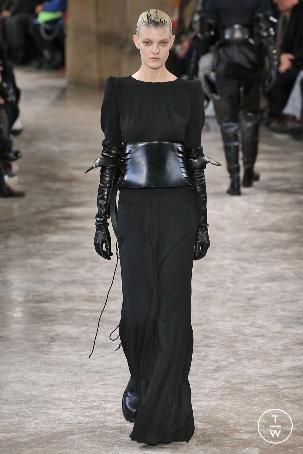 Fashion Week Paris Fall/Winter 2018 look 10 from the Ann Demeulemeester collection womenswear