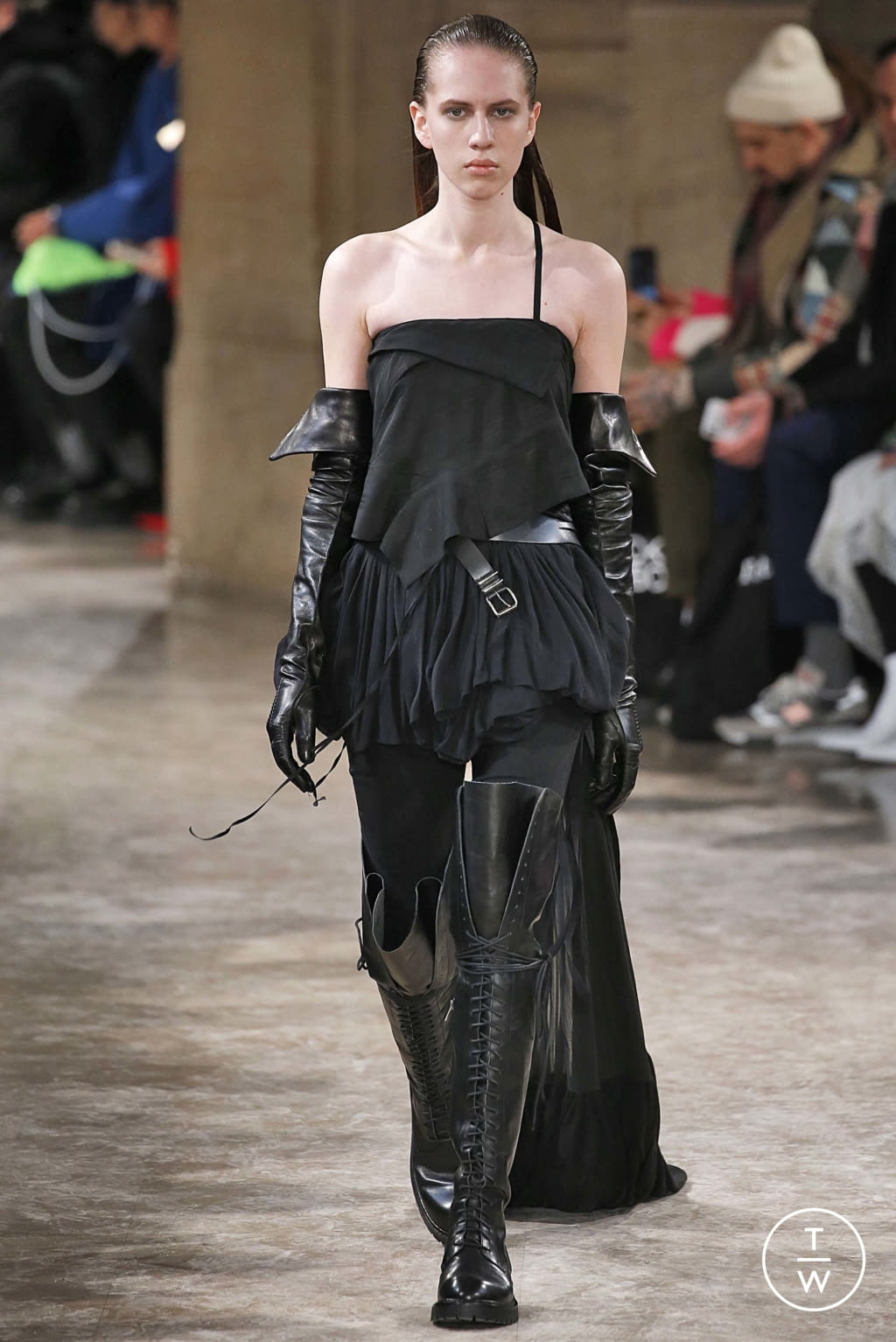 Fashion Week Paris Fall/Winter 2018 look 28 from the Ann Demeulemeester collection womenswear