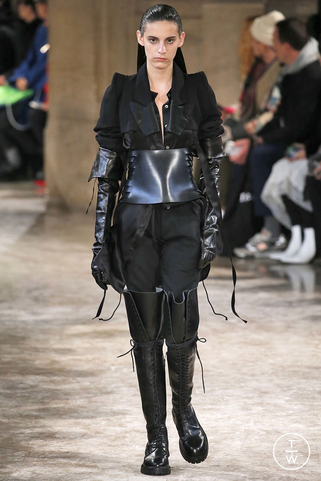 Fashion Week Paris Fall/Winter 2018 look 38 from the Ann Demeulemeester collection womenswear