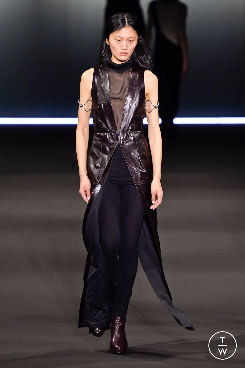 Fashion Week Paris Fall/Winter 2020 look 14 from the Ann Demeulemeester collection 女装