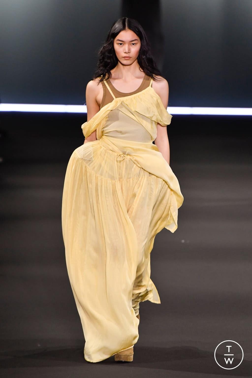 Fashion Week Paris Fall/Winter 2020 look 26 de la collection Ann Demeulemeester womenswear