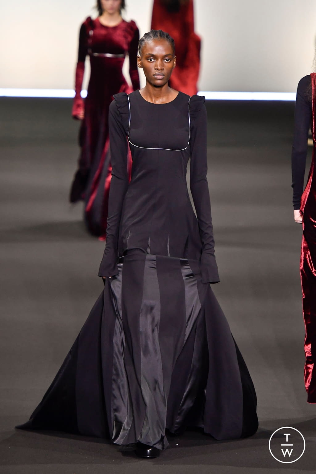 Fashion Week Paris Fall/Winter 2020 look 35 from the Ann Demeulemeester collection 女装