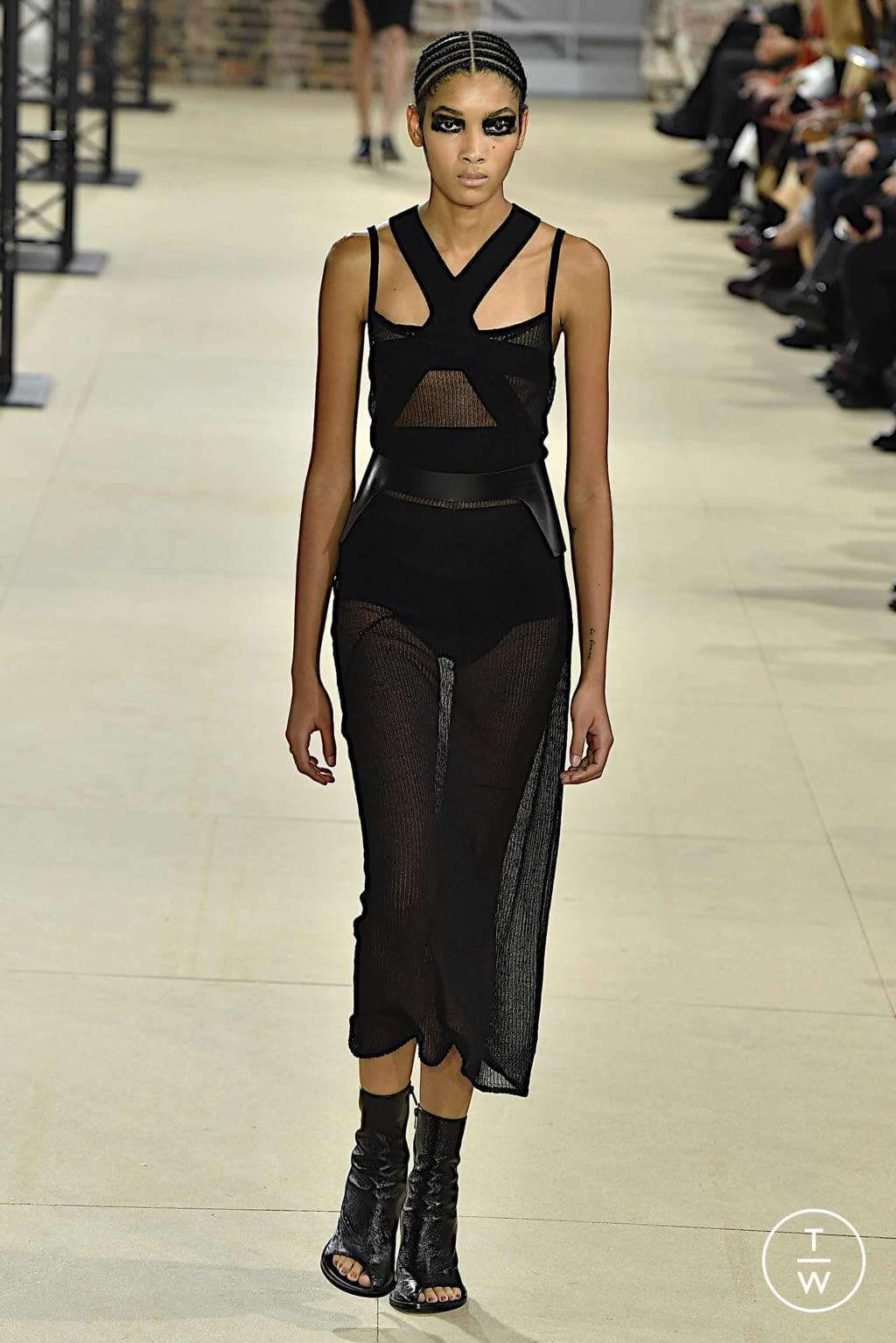 Fashion Week Paris Spring/Summer 2020 look 18 from the Ann Demeulemeester collection womenswear