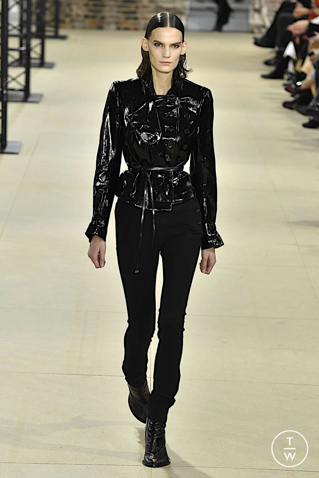 Fashion Week Paris Spring/Summer 2020 look 21 from the Ann Demeulemeester collection womenswear