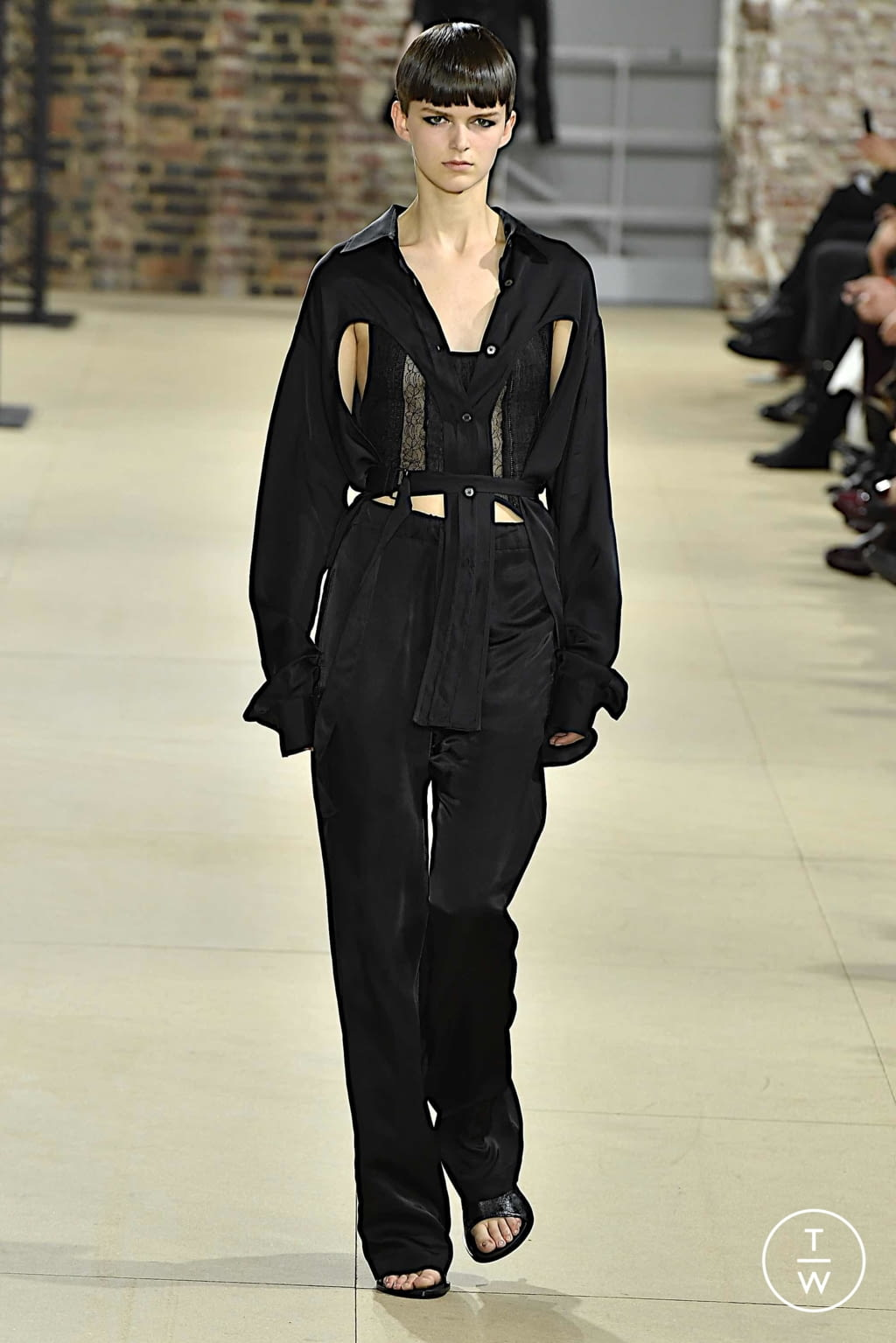 Fashion Week Paris Spring/Summer 2020 look 27 from the Ann Demeulemeester collection womenswear