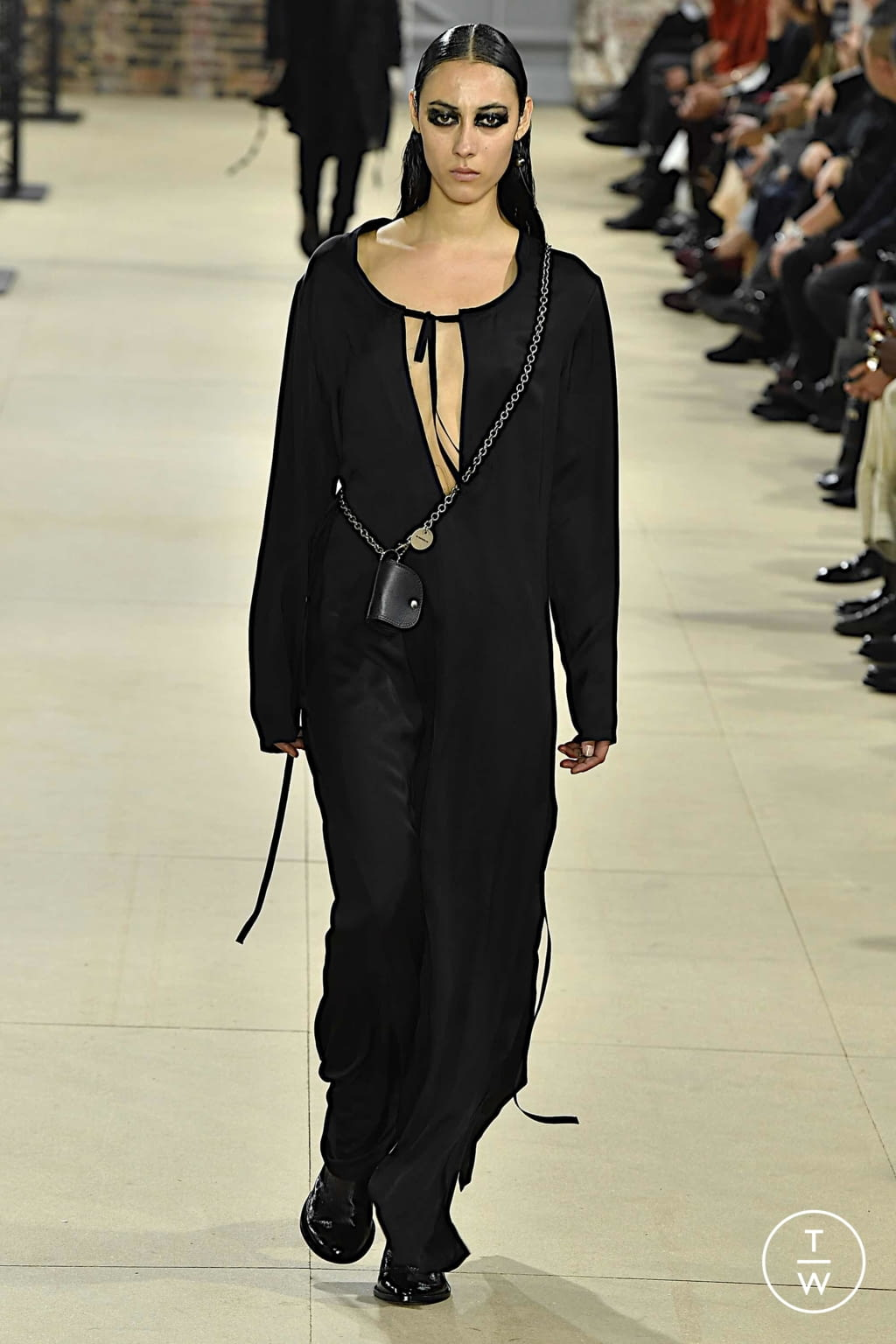 Fashion Week Paris Spring/Summer 2020 look 35 from the Ann Demeulemeester collection womenswear