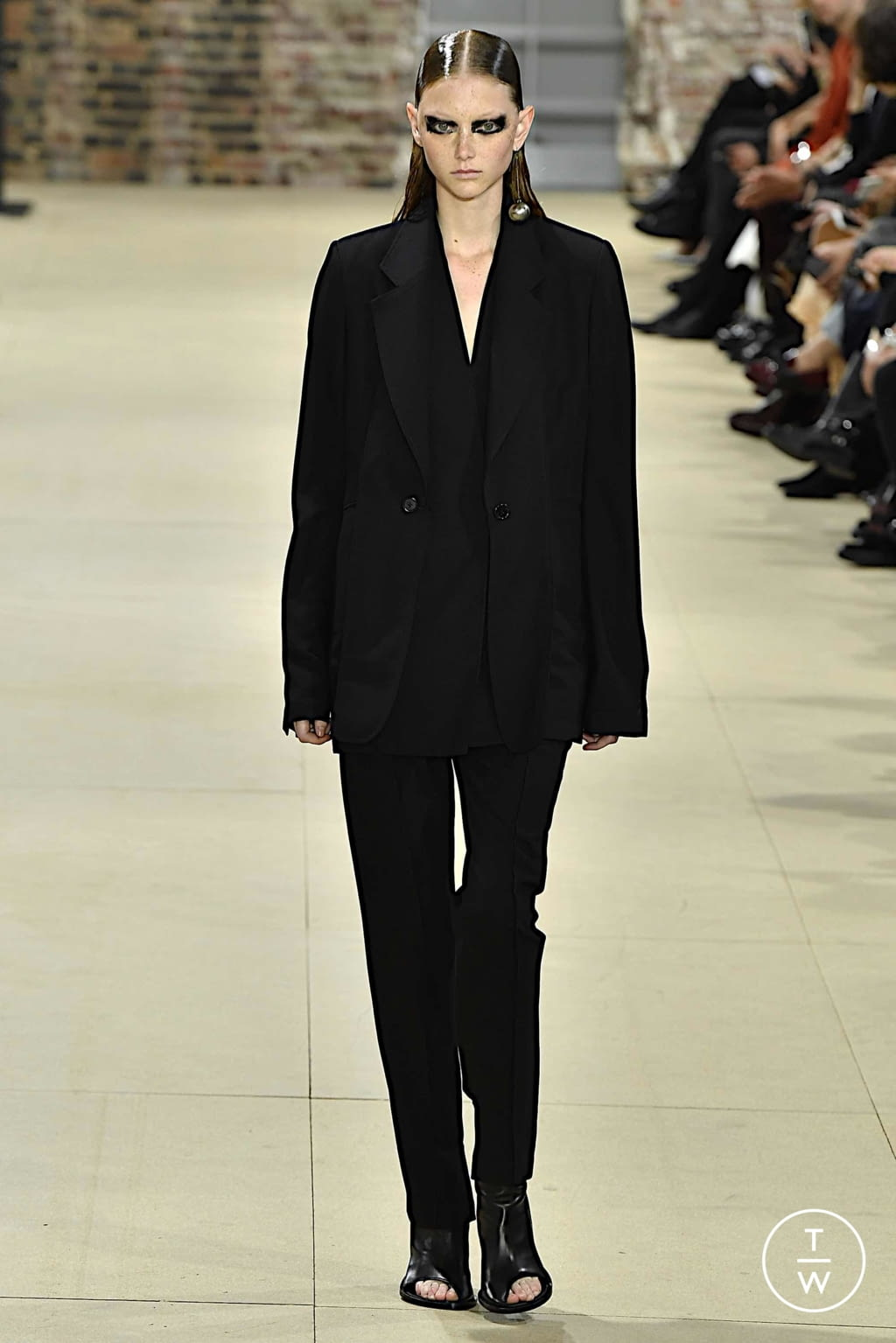 Fashion Week Paris Spring/Summer 2020 look 38 from the Ann Demeulemeester collection womenswear