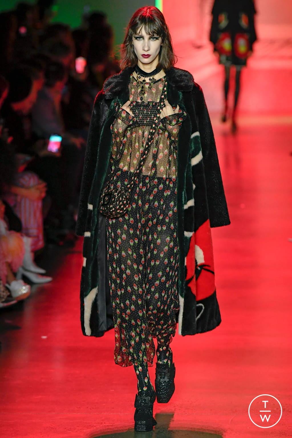 Fashion Week New York Fall/Winter 2020 look 2 de la collection Anna Sui womenswear
