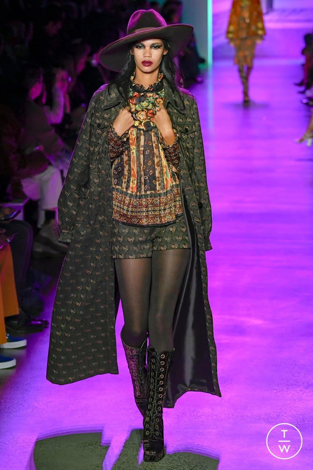 Fashion Week New York Fall/Winter 2020 look 26 de la collection Anna Sui womenswear