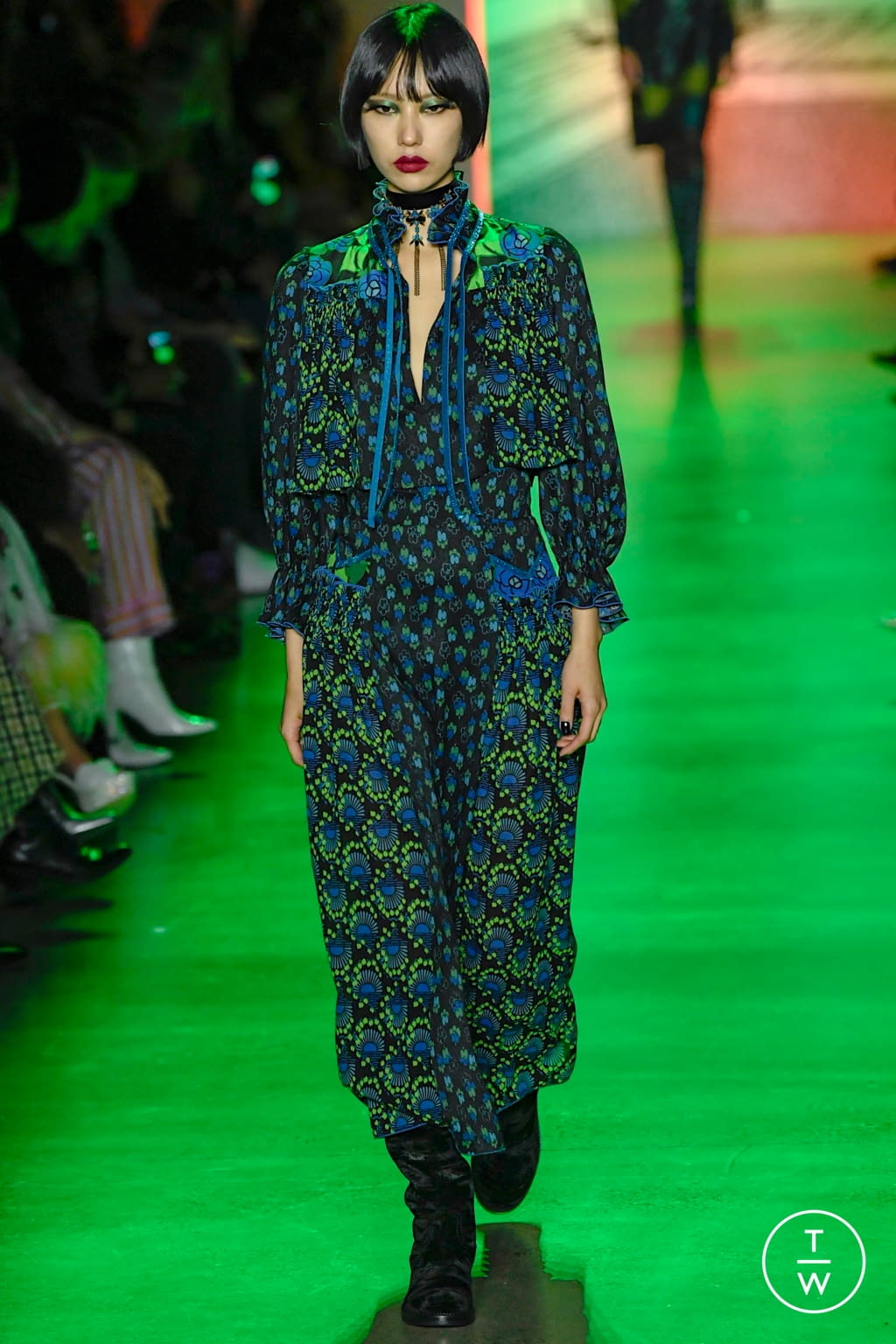 Fashion Week New York Fall/Winter 2020 look 31 from the Anna Sui collection womenswear