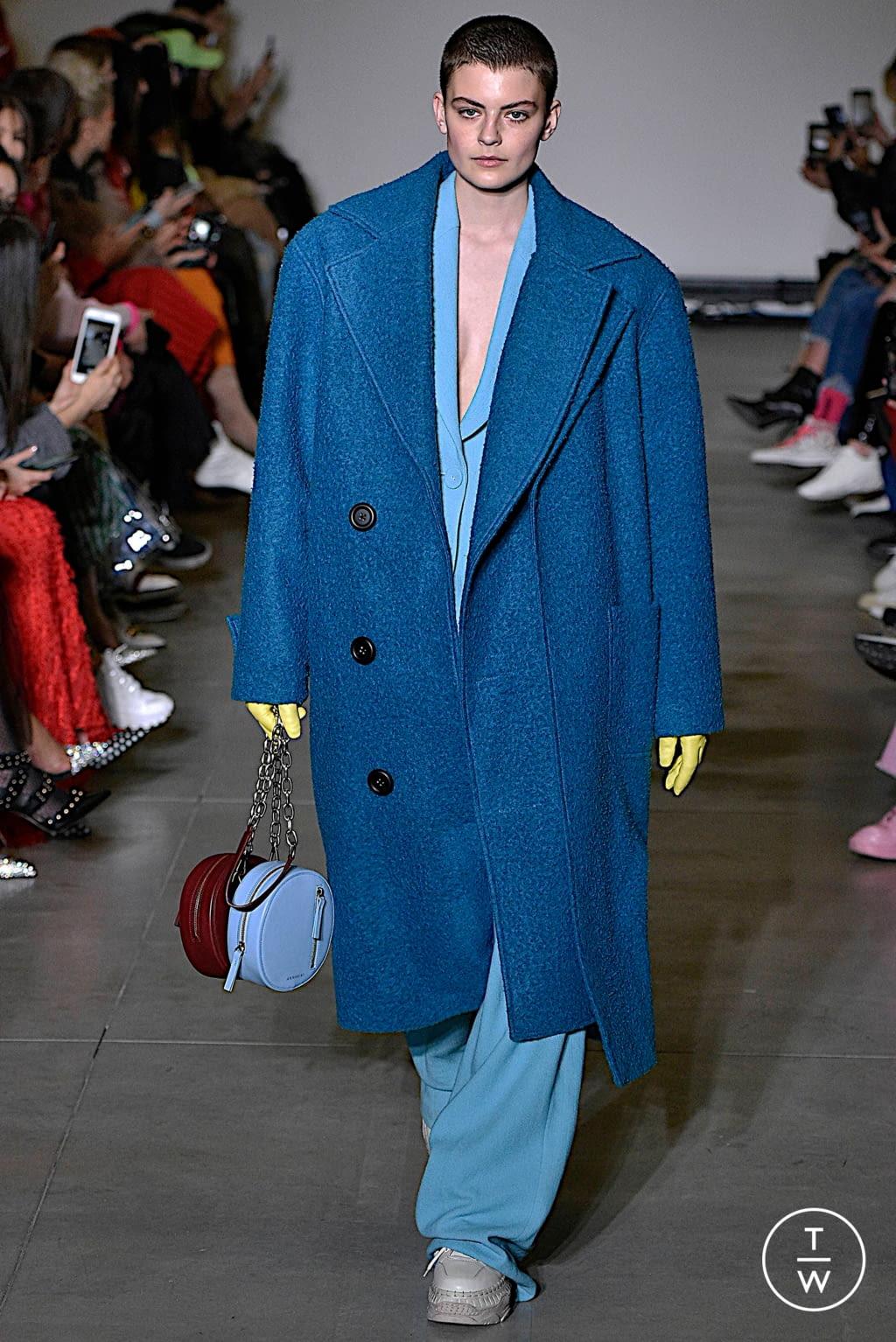 Fashion Week Milan Fall/Winter 2019 look 33 from the Annakiki collection womenswear