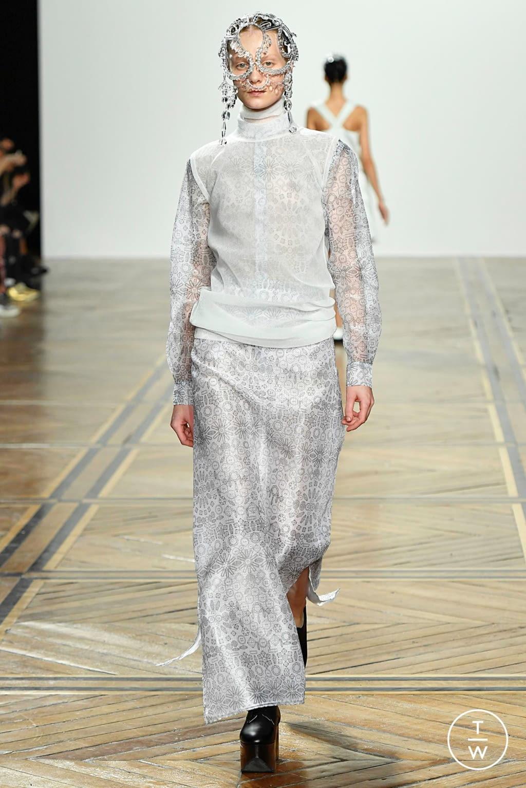 Fashion Week Paris Spring/Summer 2019 look 19 de la collection Anrealage womenswear