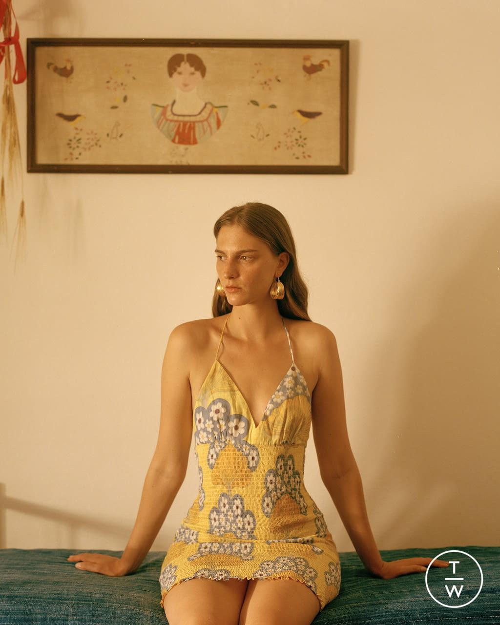 Fashion Week Paris Spring/Summer 2022 look 10 from the Antik Batik collection womenswear