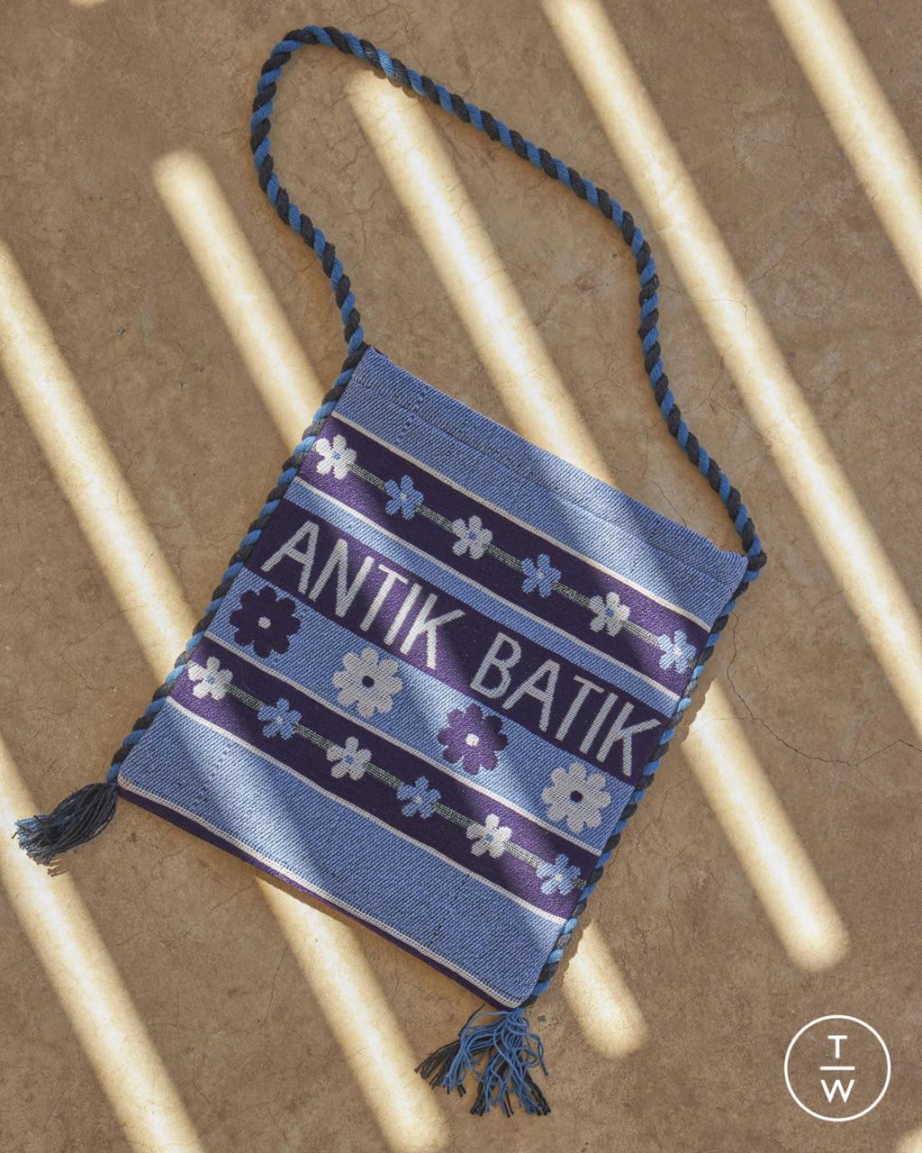 Fashion Week Paris Spring/Summer 2022 look 30 from the Antik Batik collection womenswear
