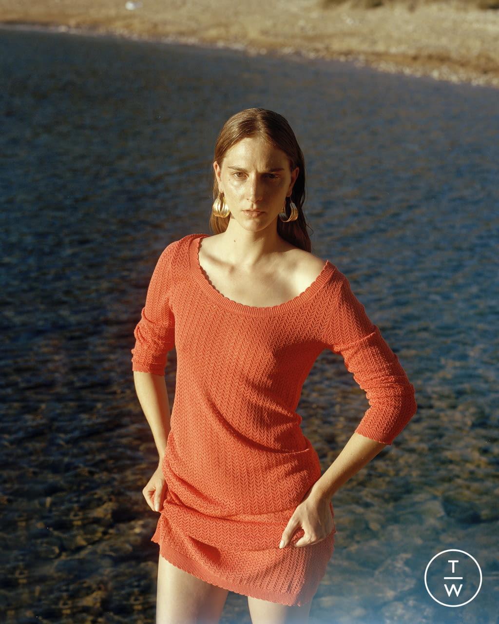 Fashion Week Paris Spring/Summer 2022 look 39 from the Antik Batik collection womenswear