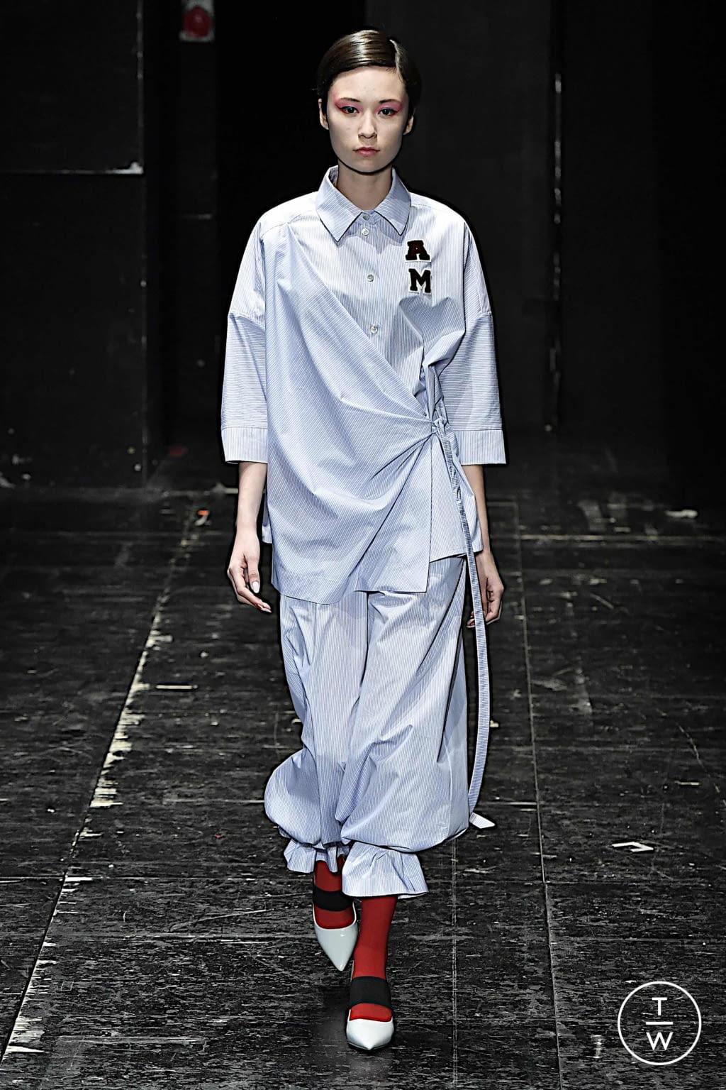 Fashion Week Milan Spring/Summer 2020 look 15 de la collection Antonio Marras womenswear
