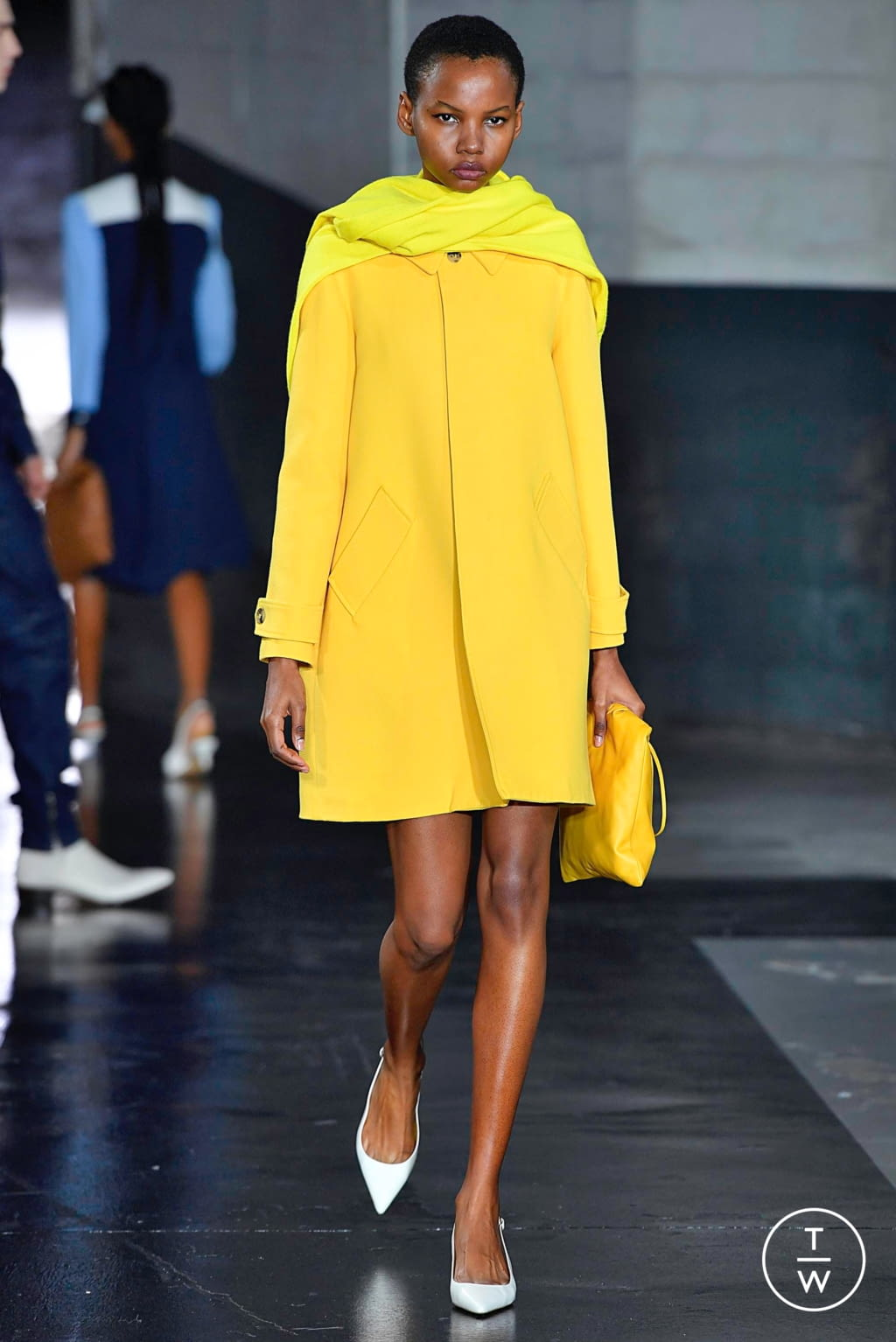 Fashion Week Paris Spring/Summer 2019 look 31 from the Apc collection womenswear