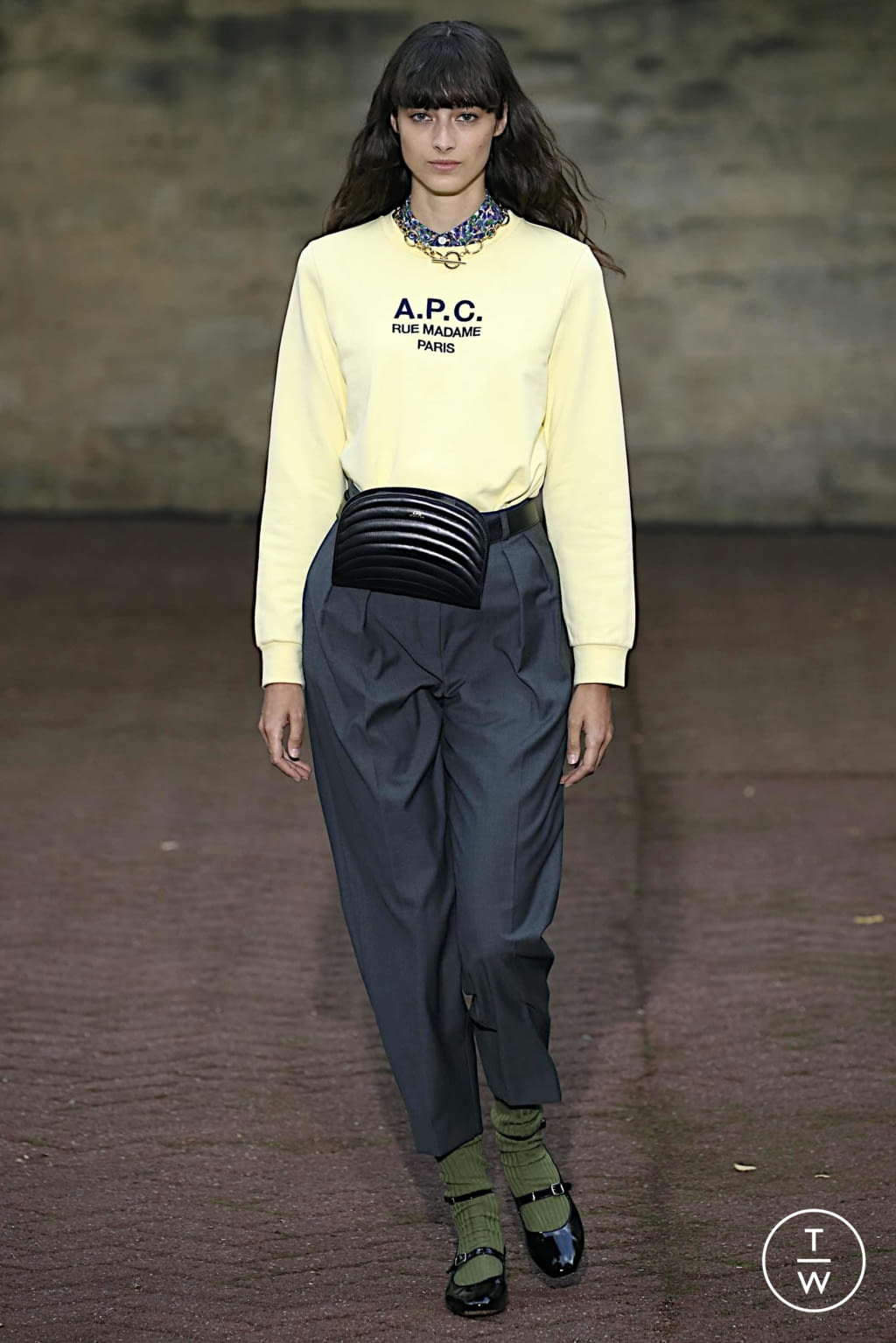 Fashion Week Paris Spring/Summer 2020 look 11 de la collection Apc womenswear