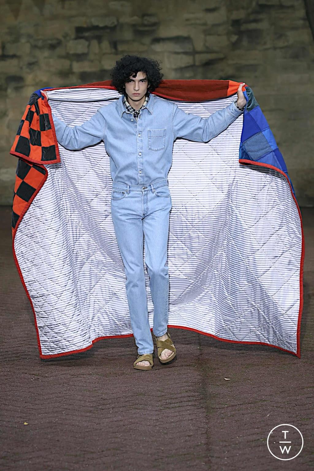 Fashion Week Paris Spring/Summer 2020 look 19 de la collection Apc womenswear