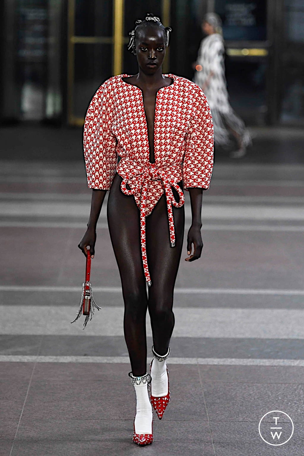 Fashion Week New York Fall/Winter 2019 look 1 from the Area collection 女装