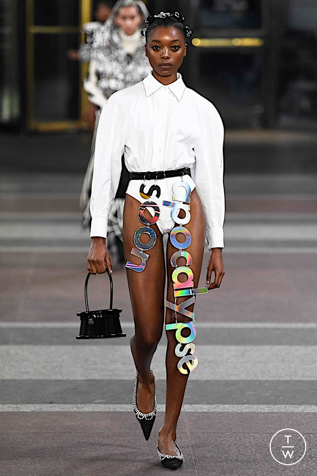 Fashion Week New York Fall/Winter 2019 look 16 from the Area collection 女装