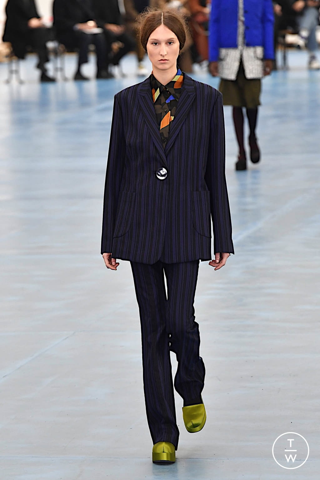 Fashion Week Milan Fall/Winter 2020 look 18 de la collection Arthur Arbesser womenswear