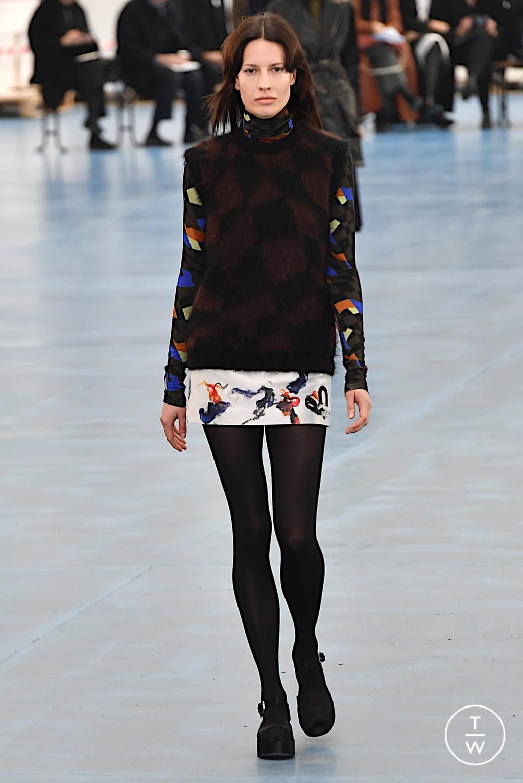 Fashion Week Milan Fall/Winter 2020 look 24 de la collection Arthur Arbesser womenswear