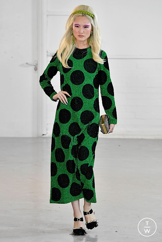 Fashion Week London Fall/Winter 2020 look 8 from the Ashish collection womenswear