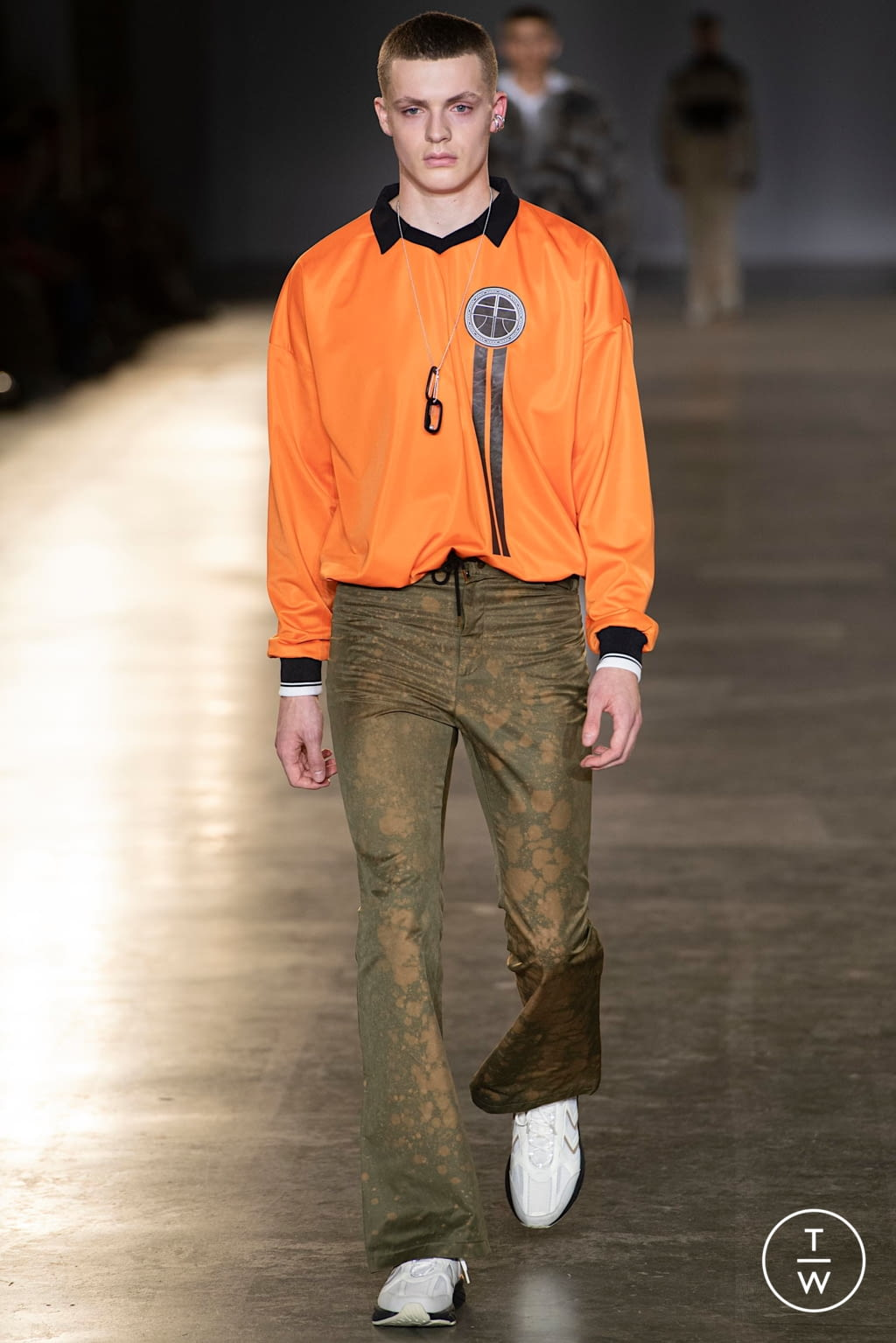 Fashion Week London Fall/Winter 2020 look 9 from the Astrid Andersen collection 男装