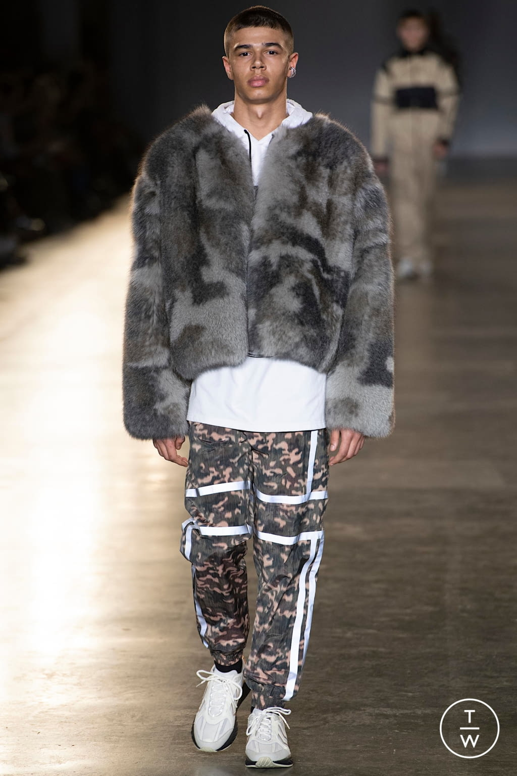 Fashion Week London Fall/Winter 2020 look 10 from the Astrid Andersen collection menswear