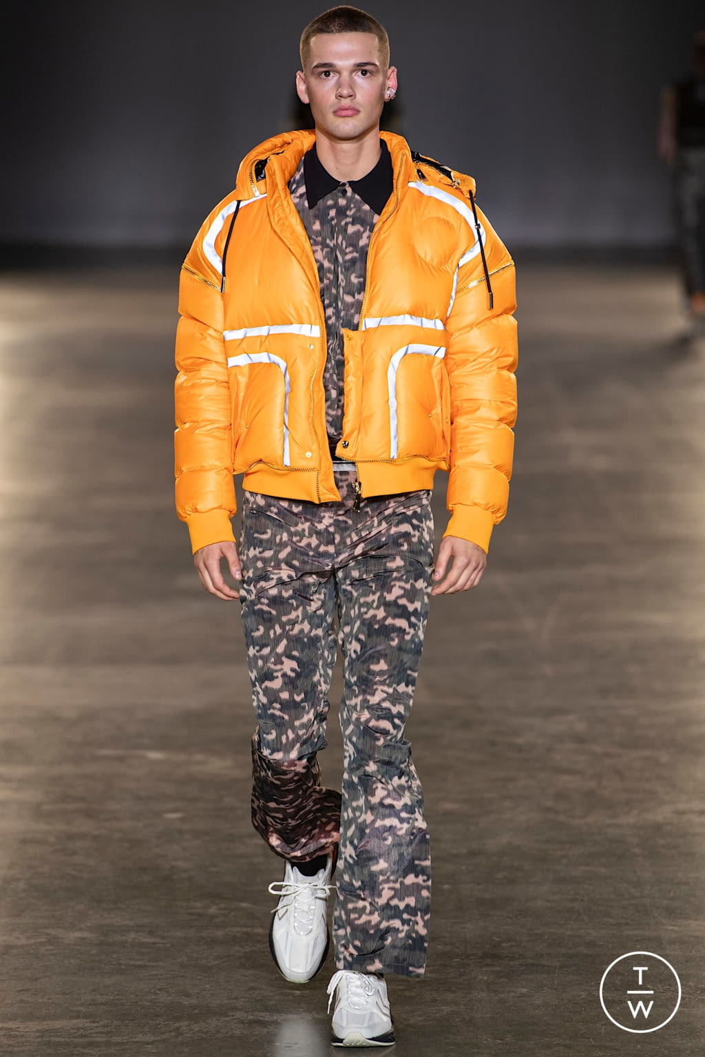 Fashion Week London Fall/Winter 2020 look 25 from the Astrid Andersen collection menswear