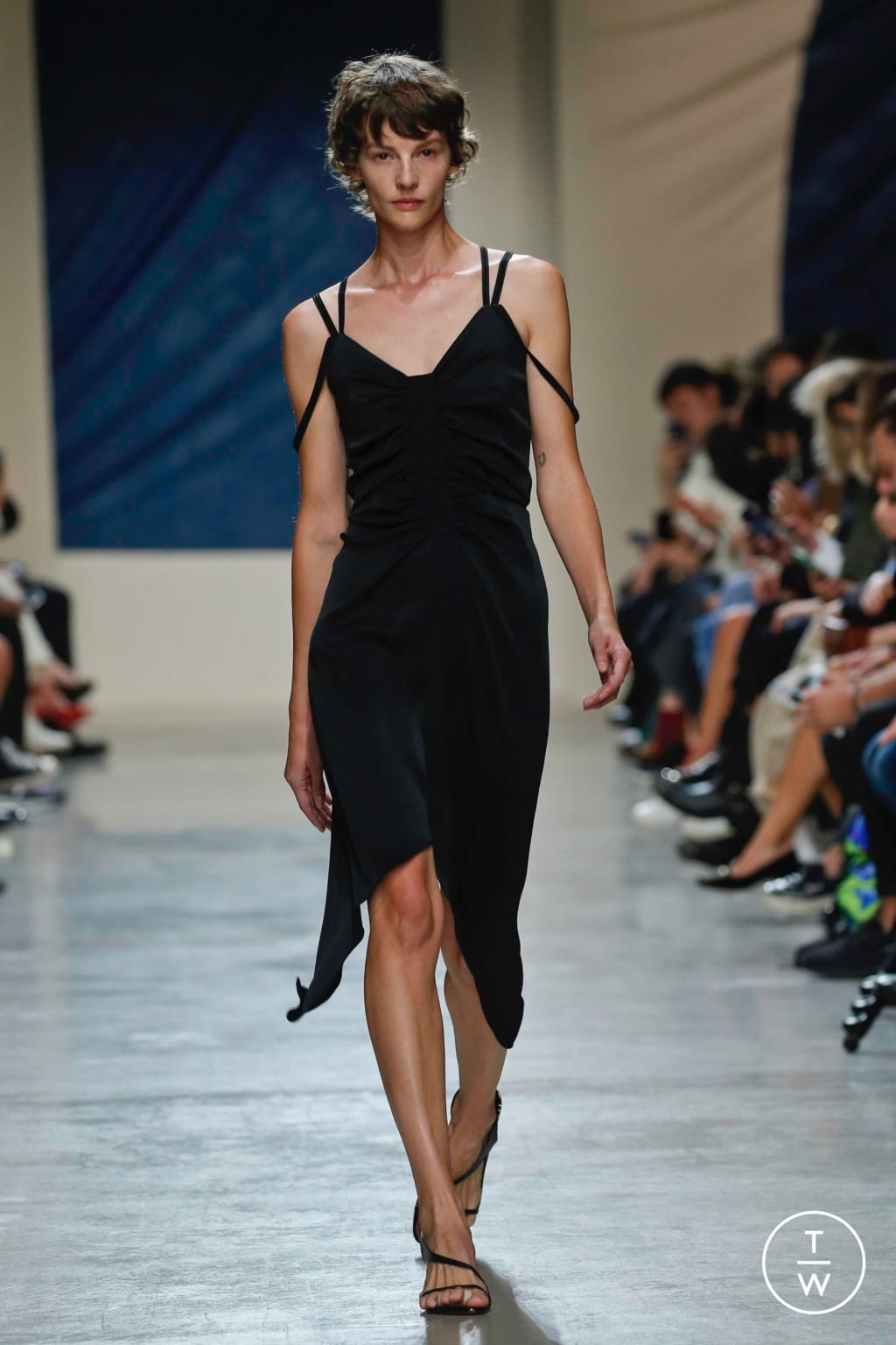 Fashion Week Paris Spring/Summer 2020 look 1 from the Atlein collection womenswear