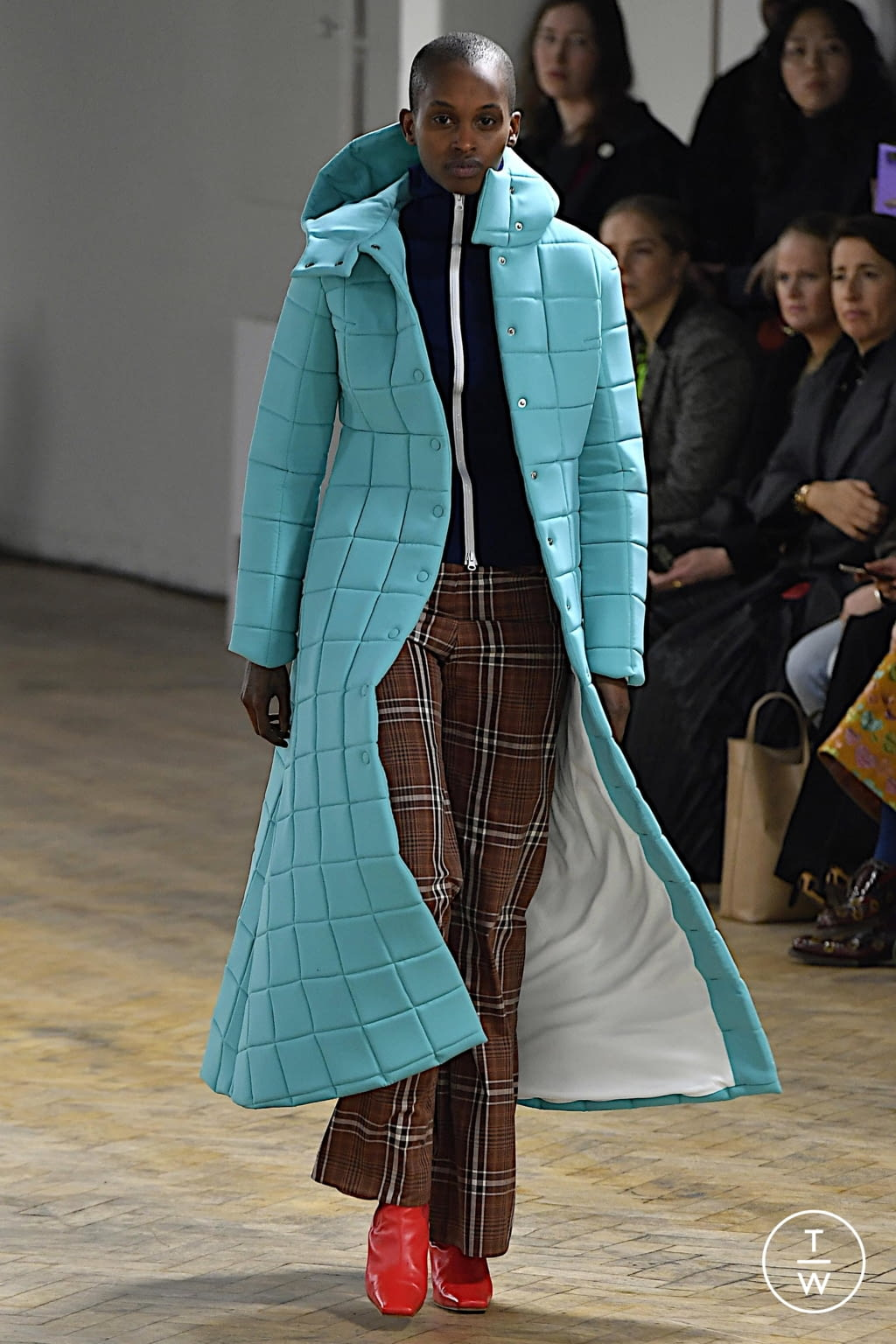 Fashion Week London Fall/Winter 2020 look 49 from the A.W.A.K.E MODE collection womenswear