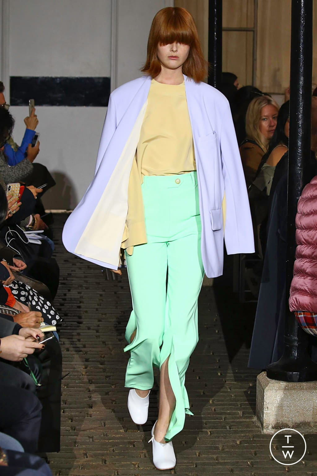 Fashion Week Paris Spring/Summer 2019 look 27 de la collection A.W.A.K.E MODE womenswear