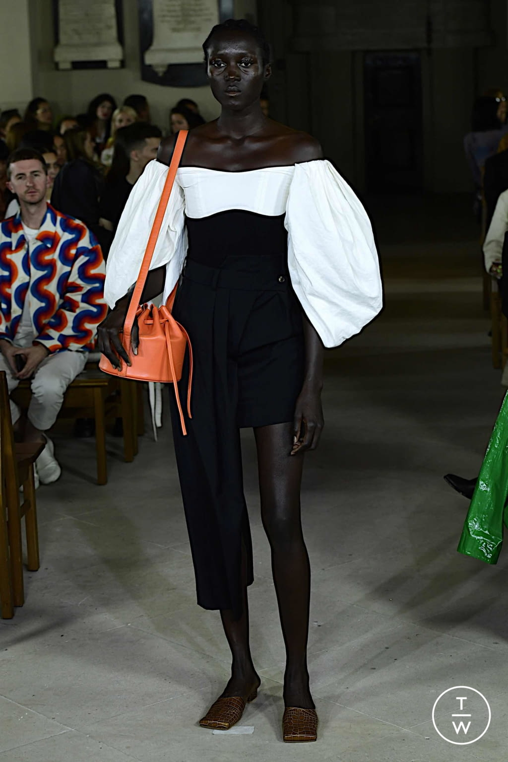 Fashion Week London Spring/Summer 2020 look 39 from the A.W.A.K.E MODE collection womenswear