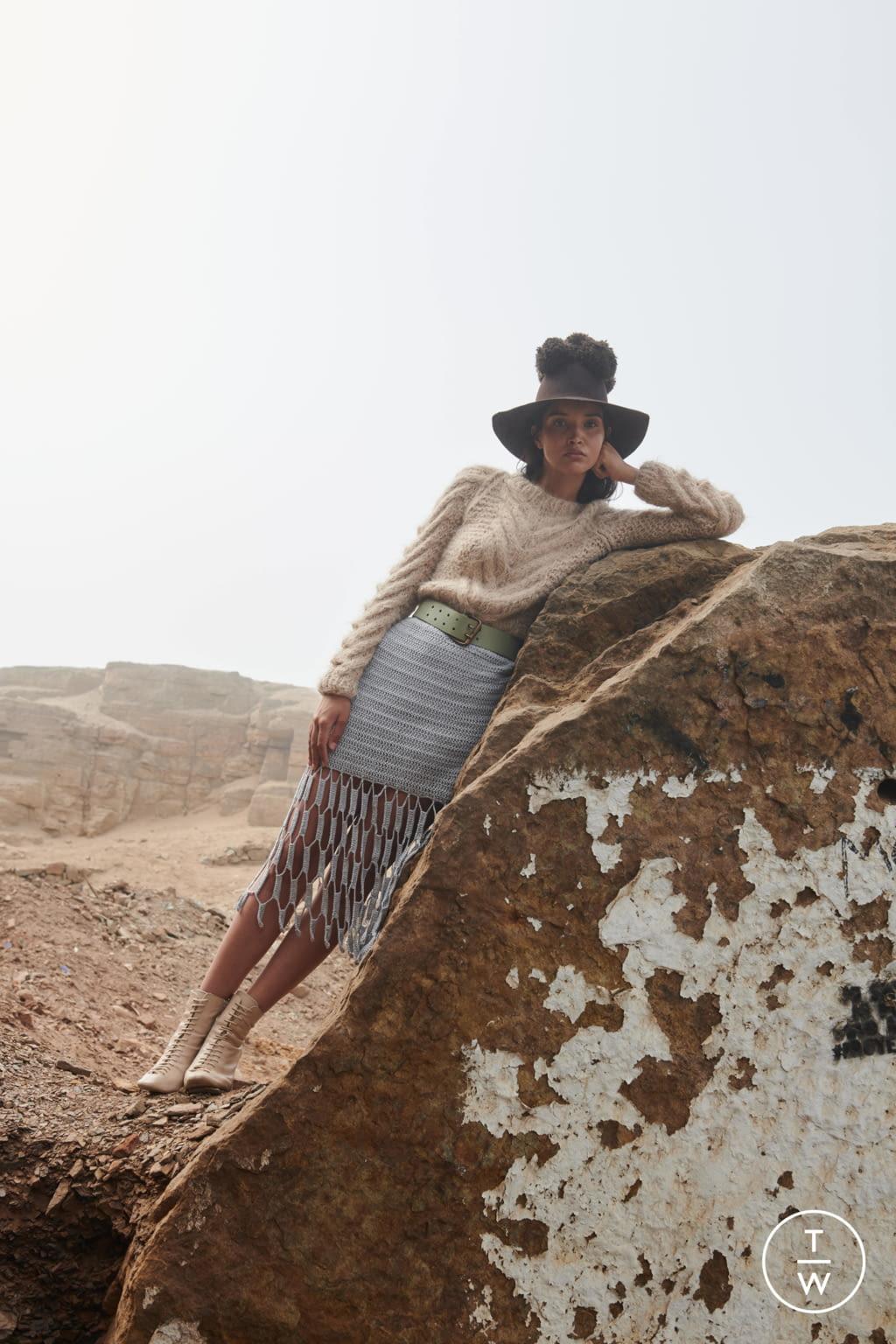 Tappezzeria Trompe L Oeil ayni fw20 womenswear #15 - the fashion search engine - tagwalk